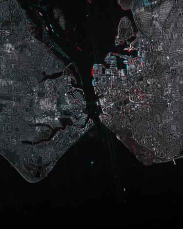 Port city in Hampshire, on Portsea Island, has been an important naval port for centuries. The port of Portsmouth remains one of the most important military quays of the British Royal Navy. (COSMO-SkyMed image ©ASI, Processed and distributed by e-GEOS)