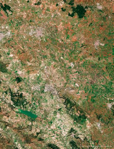 Many various patches of agricultural fields characterize the Basilicata lands. Favoured by the Mediterranean climate, fruit, vegetables and grain are grown in a range of crop types throughout the region, depending on the time of year. Considered as the 2019 European Capital of Culture, Matera can be seen in the top left of the image.  40°40′N 16°36′E  © contains modified Copernicus Sentinel data, processed by ESA