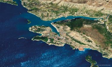 Dubrovnik, or Ragusa of Dalmatia, was an important maritime republic. It lost its independence in 1806 with the arrival of the Napoleonic troops. 42°38′N 18°06′E satellite image ©2019 Maxar Technologies